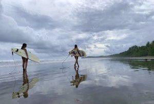 Sufen in Costa Rica - Beachlife
